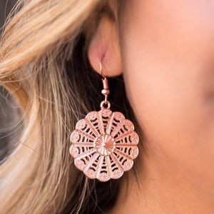Jewelry - 🌼 Wildflower Wonder Copper Earrings